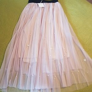 NWT Pleated Tulle Skirt w/Pearls